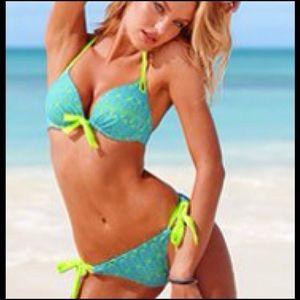Victoria's Secret 34C/M Bikini